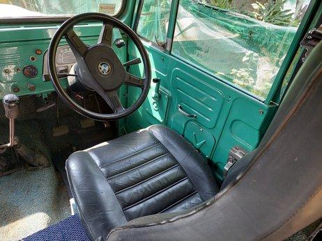 Toyota Land Cruiser camper (28).jpg