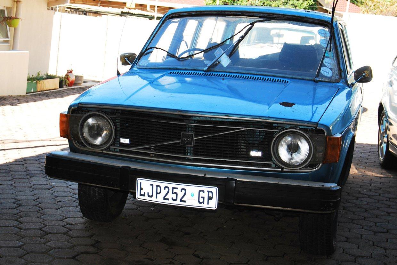 Volvo 145 blue (31).jpg