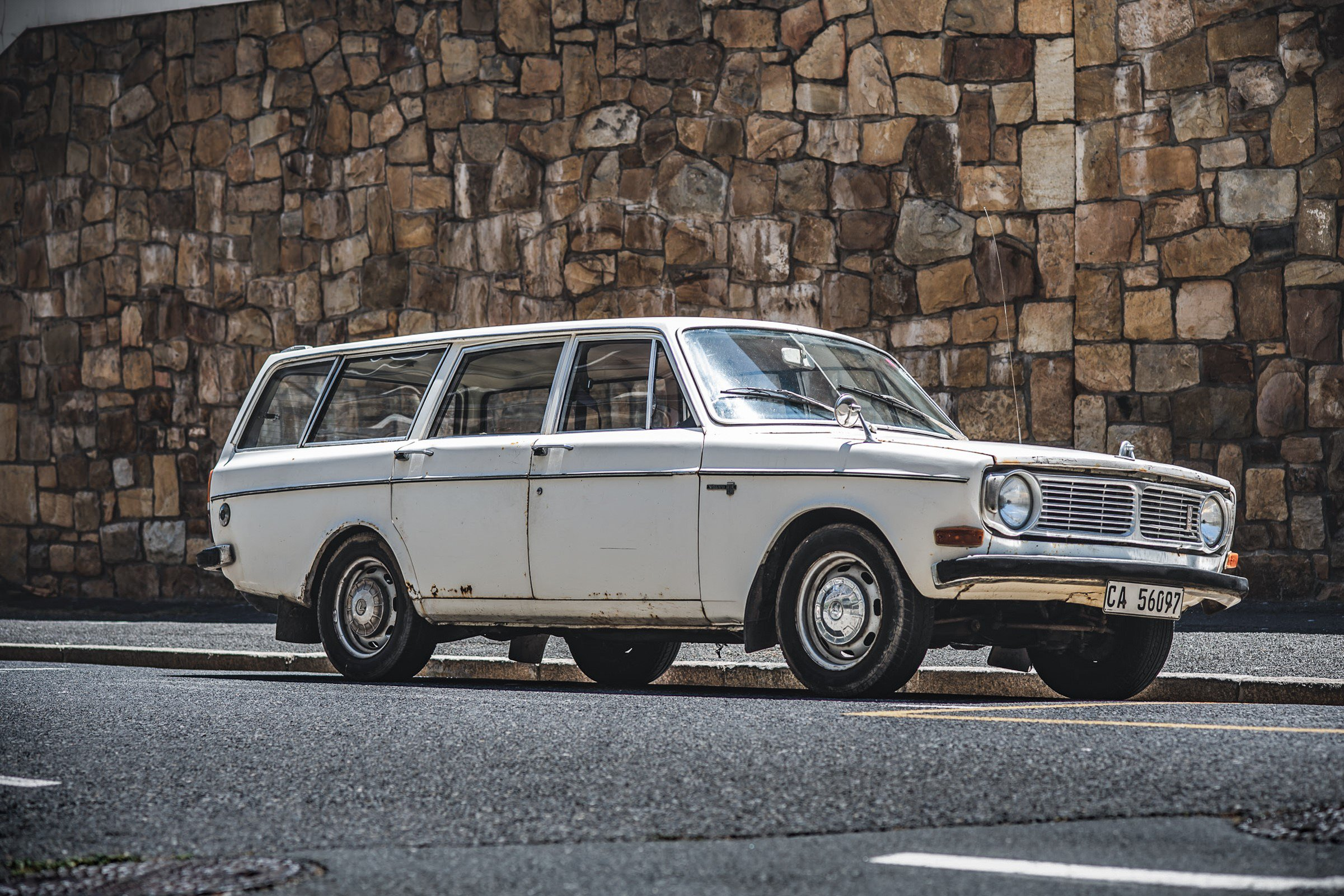 Volvo 145 station wagon