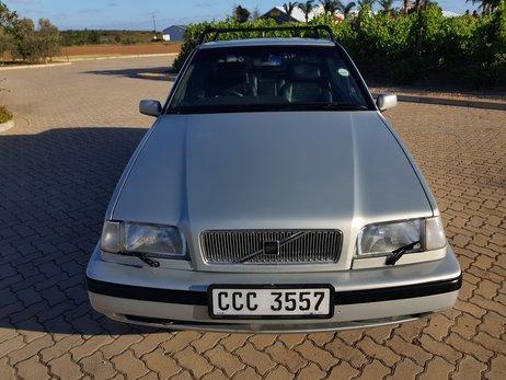 Volvo 460 GLT (10).jpg