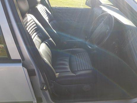 Volvo 460 GLT (13).jpg