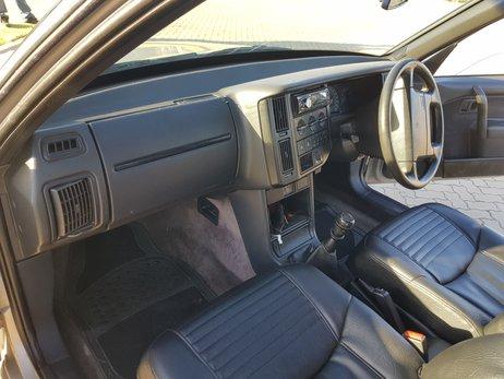 Volvo 460 GLT (4).jpg
