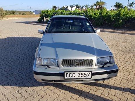 Volvo 460 GLT (8).jpg