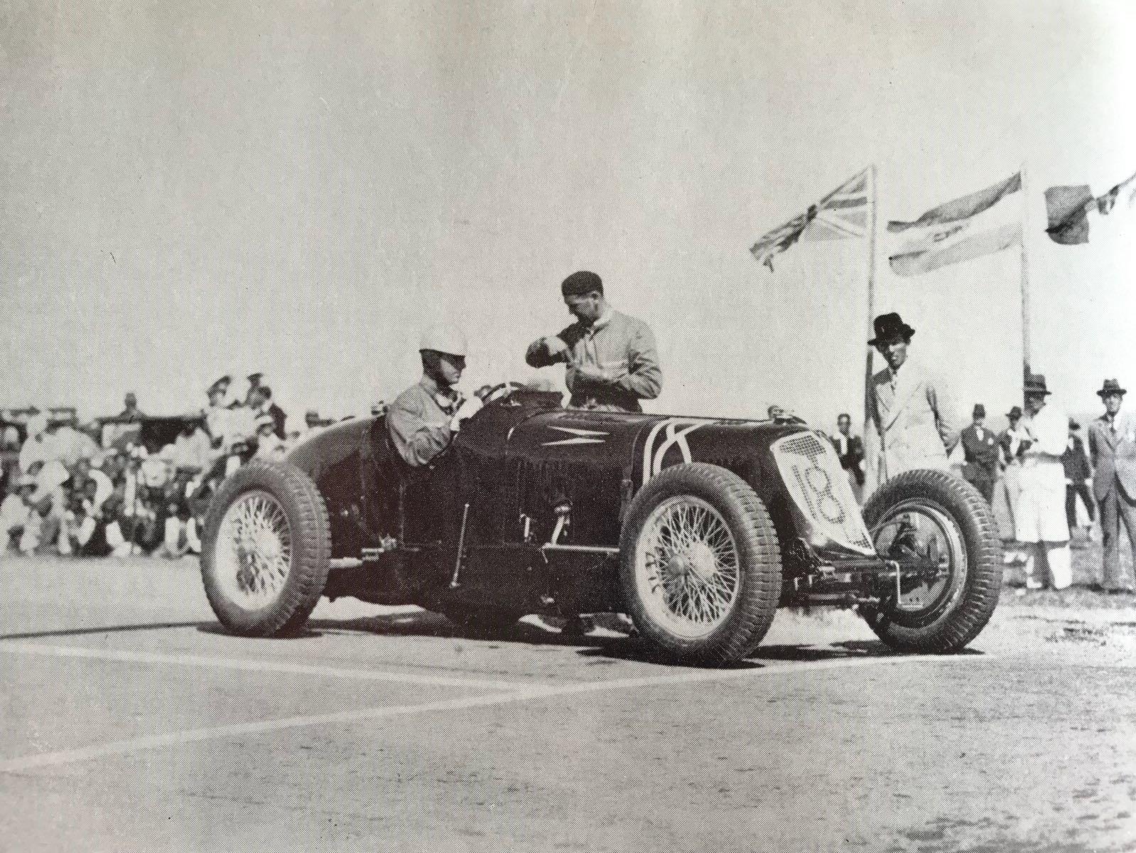 Whitney-Straight-Maserati-1934-period.jpg