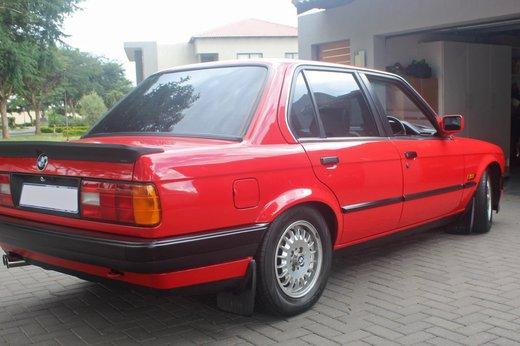 rear318ie30.jpg